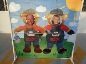 Ben and Rob in their Bunning's gear. Ben had his name tag correct , but Rob - well...