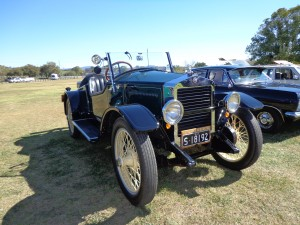 The 1919 Essex Speedster (voted People's Choice).